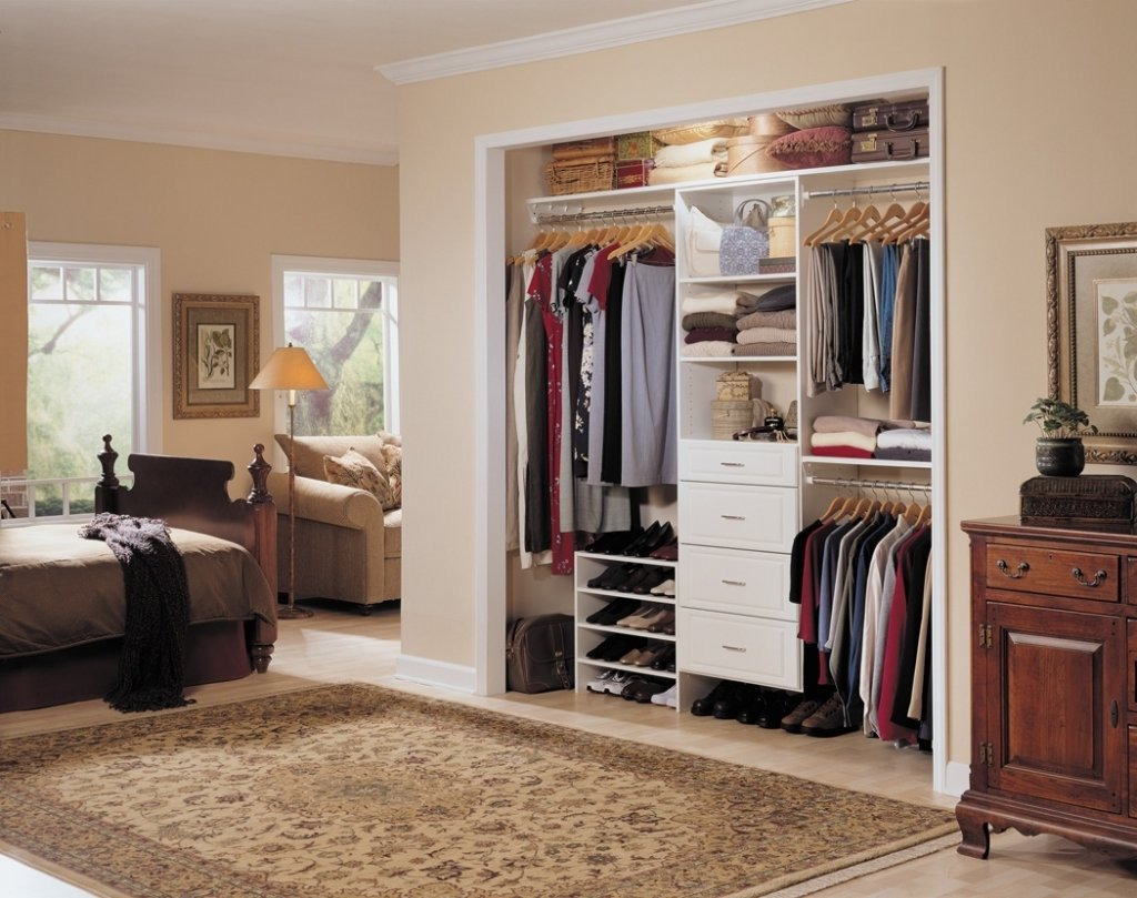 10 Pretty Closet Ideas For Small Bedrooms diy closets for tiny bedrooms small bedroom closet ideas bedrooms 2020