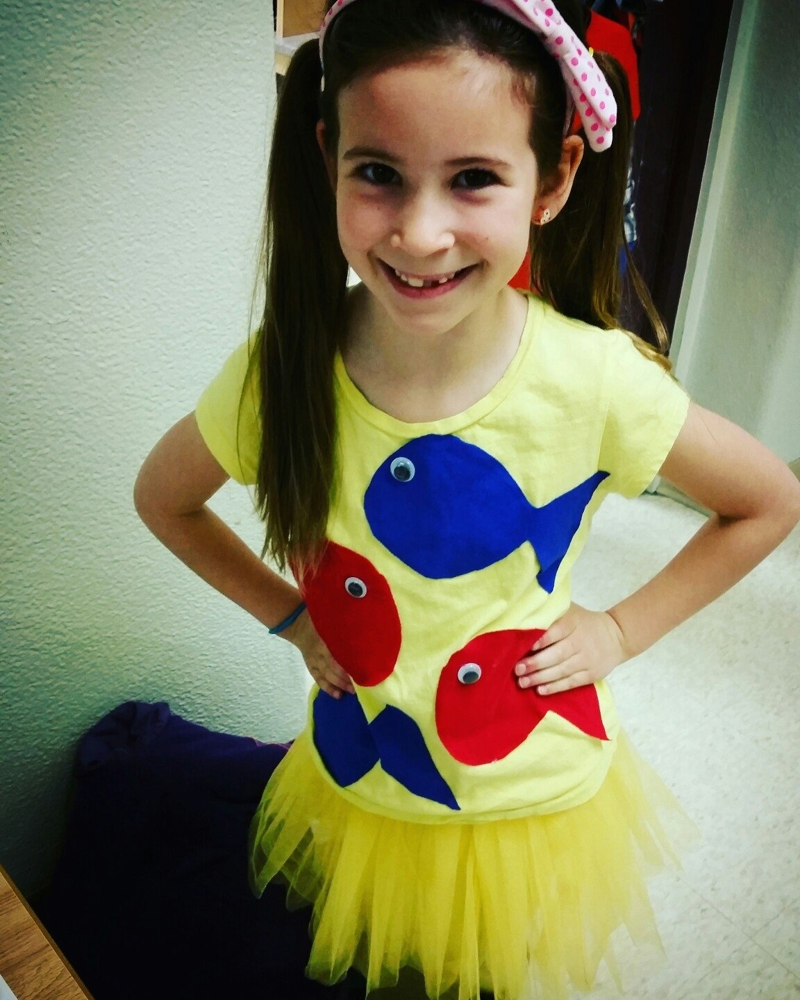 10 Stylish Dr Seuss Costume Ideas Homemade diy dr seuss costume one fish two fish red fish blue fish costume 3 2020