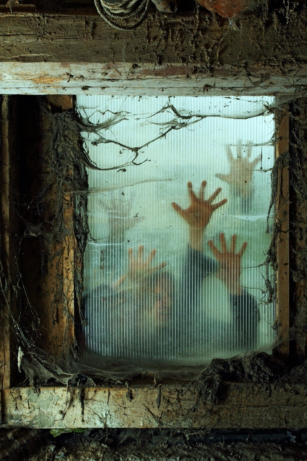 10 Attractive Haunted House Ideas For Halloween diy haunted house props decorations halloween ideas budget bodies 2020