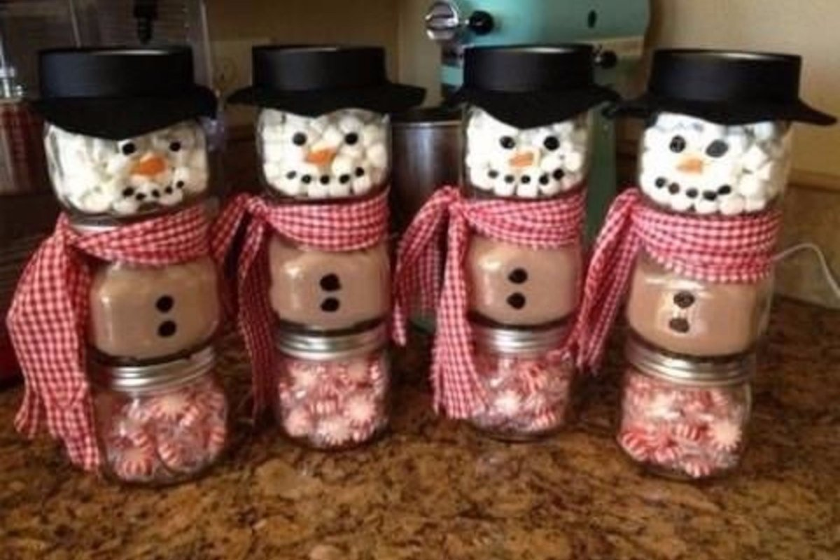 10 Attractive Christmas Gift Ideas For Office Staff diy mason jar craft ideas for christmas great homemade holiday gift 1 2020