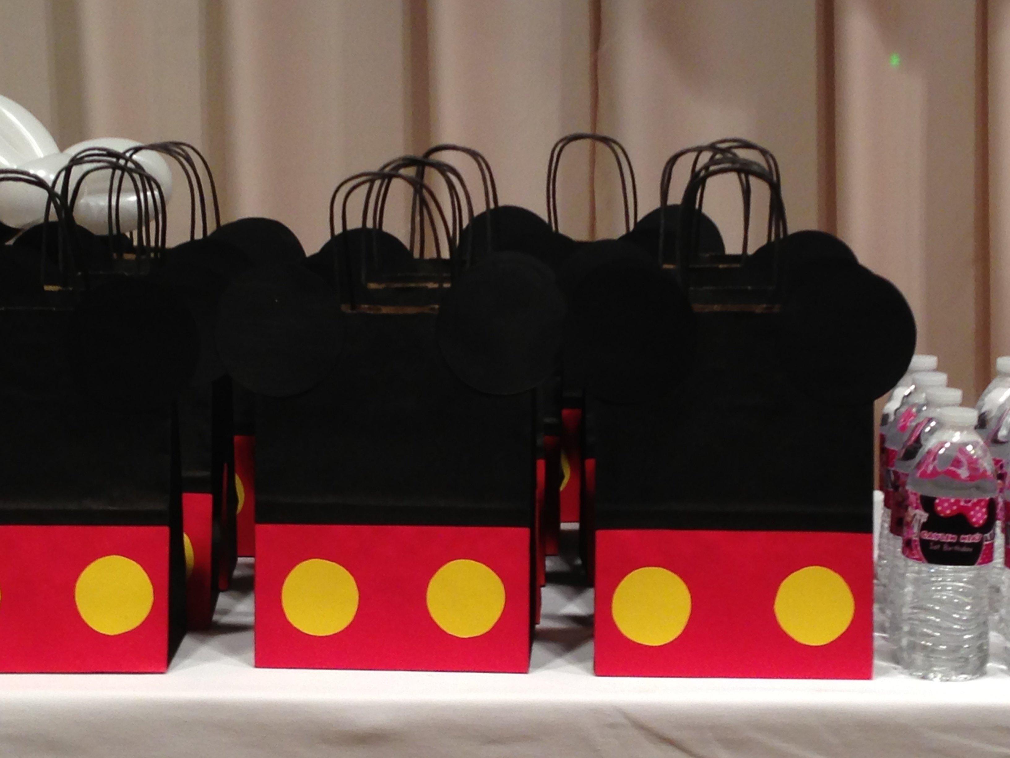 10 Attractive Mickey Mouse Goody Bag Ideas diy mickey mouse goodie bag mickey minnie mouse pinterest 2020