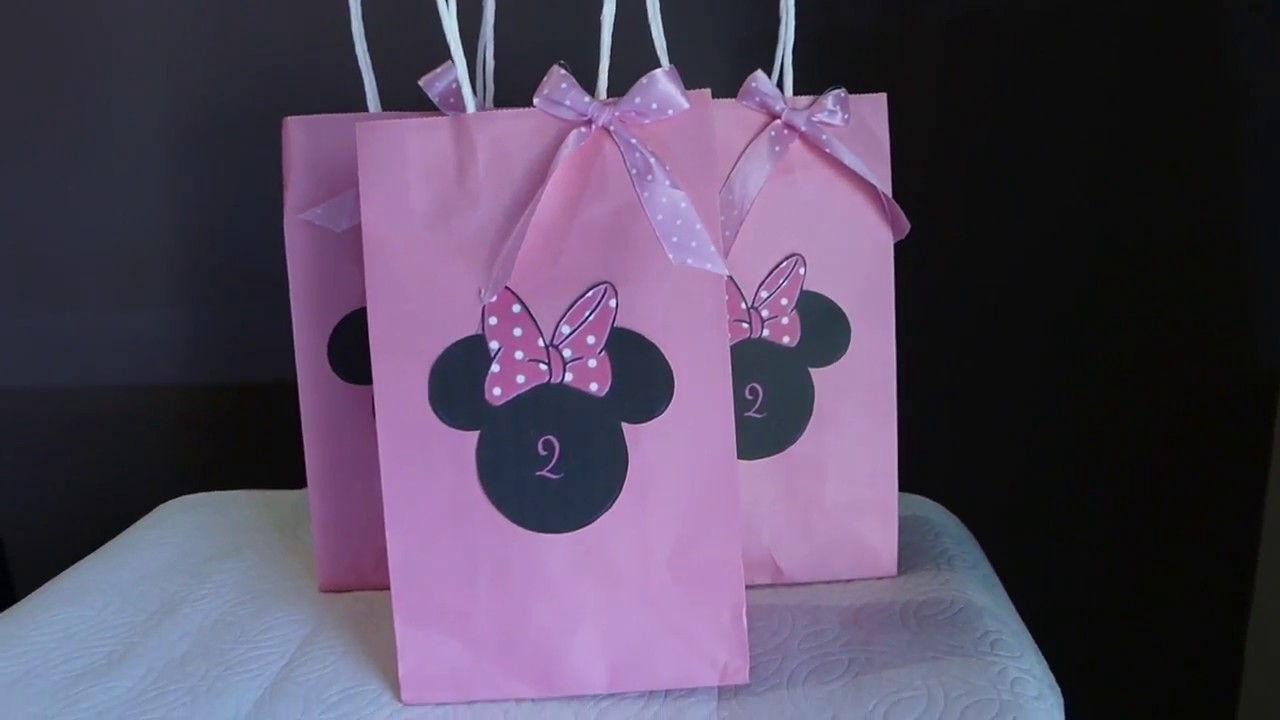 10 Pretty Minnie Mouse Candy Bag Ideas diy minnie mouse goody bags youtube 2020