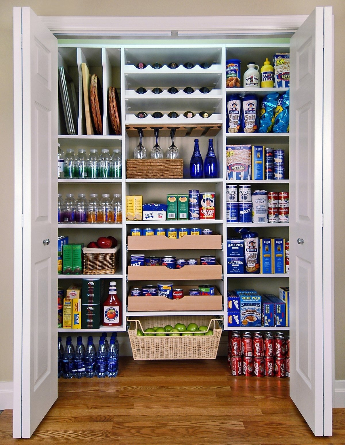 10 Gorgeous Organization Ideas For Small Apartments diy organization ideas for small spaces diy storage ideas for small 2021