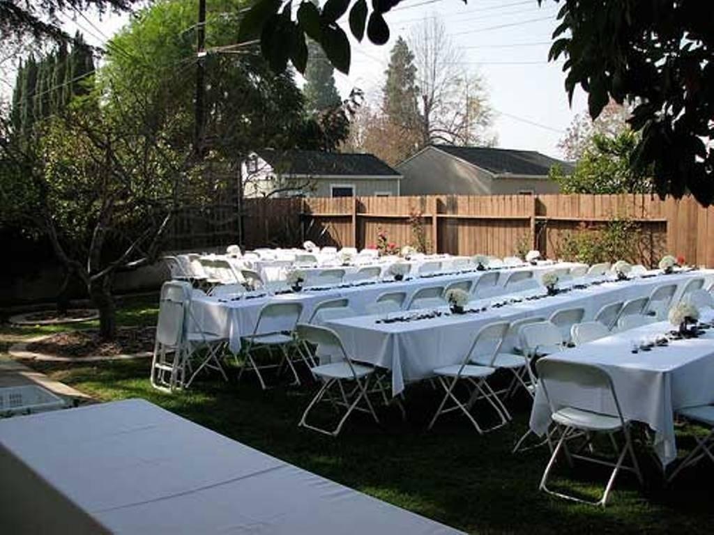 10 Unique Small Backyard Wedding Reception Ideas