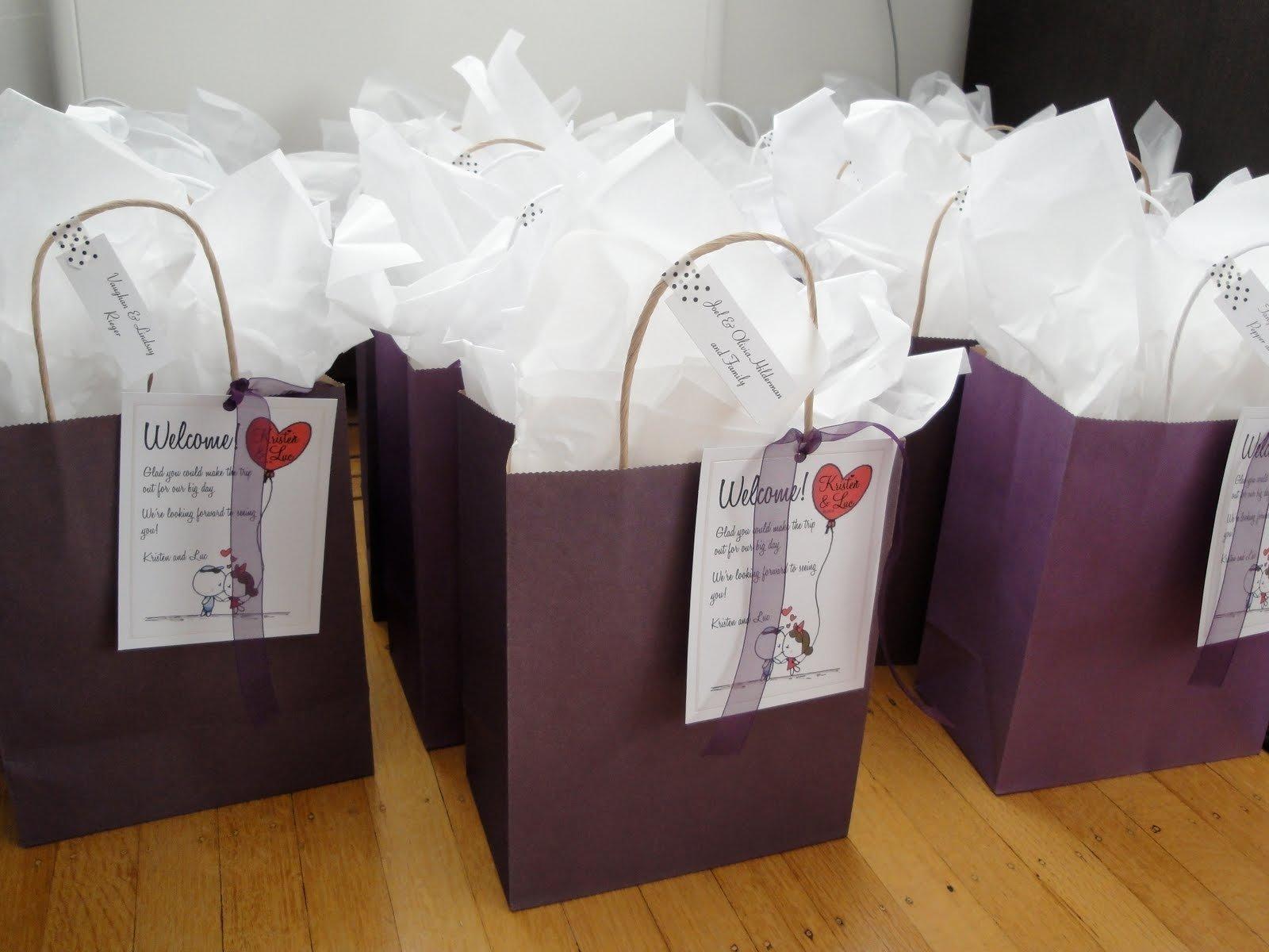 Wedding Welcome Gift: 10 Cute Wedding Hotel Gift Bag Ideas 2019
