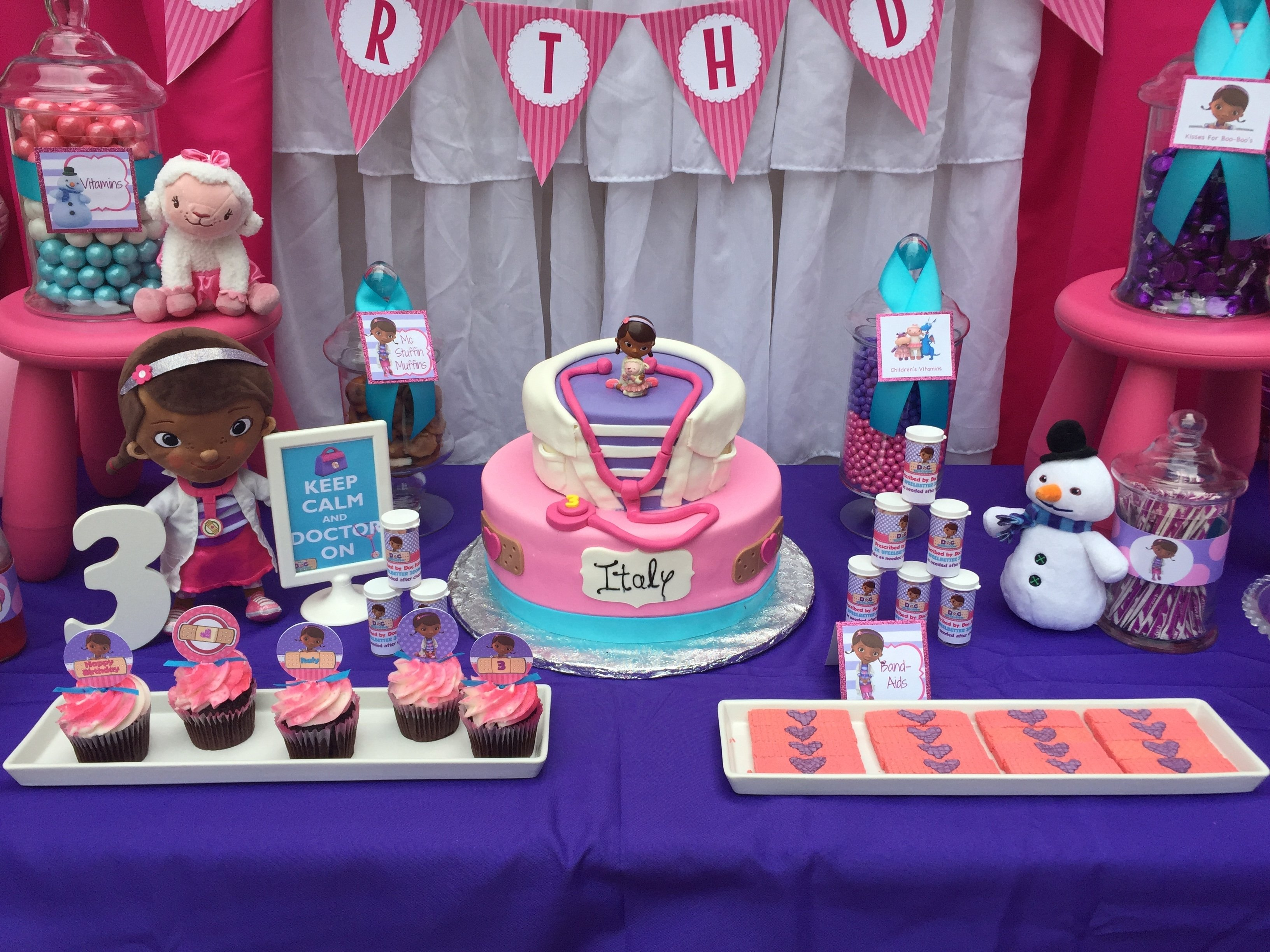 10 Lovely Doc Mcstuffins Birthday Party Ideas doc mcstuffins birthday cake candy table juliana dez events 2020