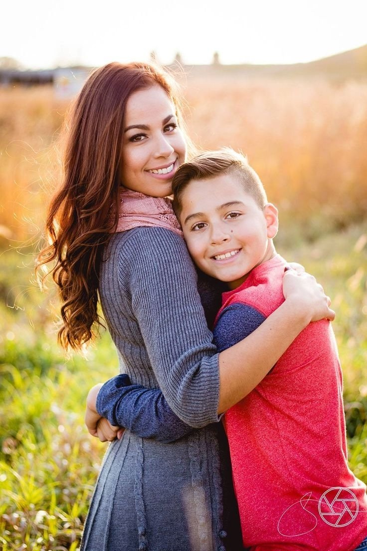 10 Gorgeous Mother And Son Photography Ideas door county family portraits mother and son beach portrait jason 2021
