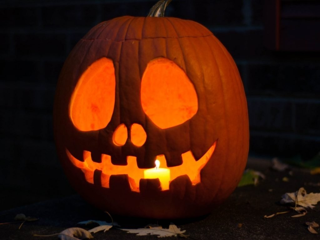 10 Lovable Cool And Easy Pumpkin Carving Ideas download cool simple pumpkin carving ideas twuzzer 3 2020
