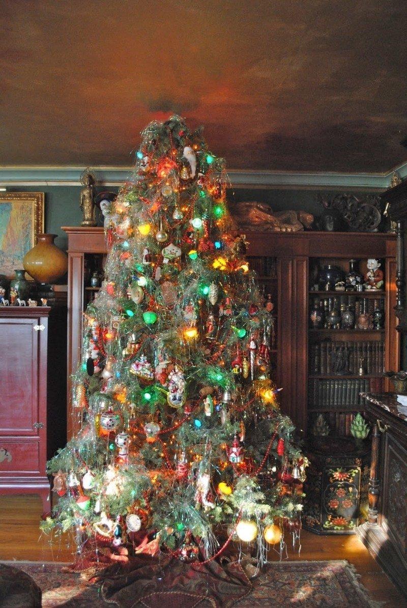 10 Beautiful Old Fashioned Christmas Decorating Ideas download old fashioned christmas tree decorations ideas 2020