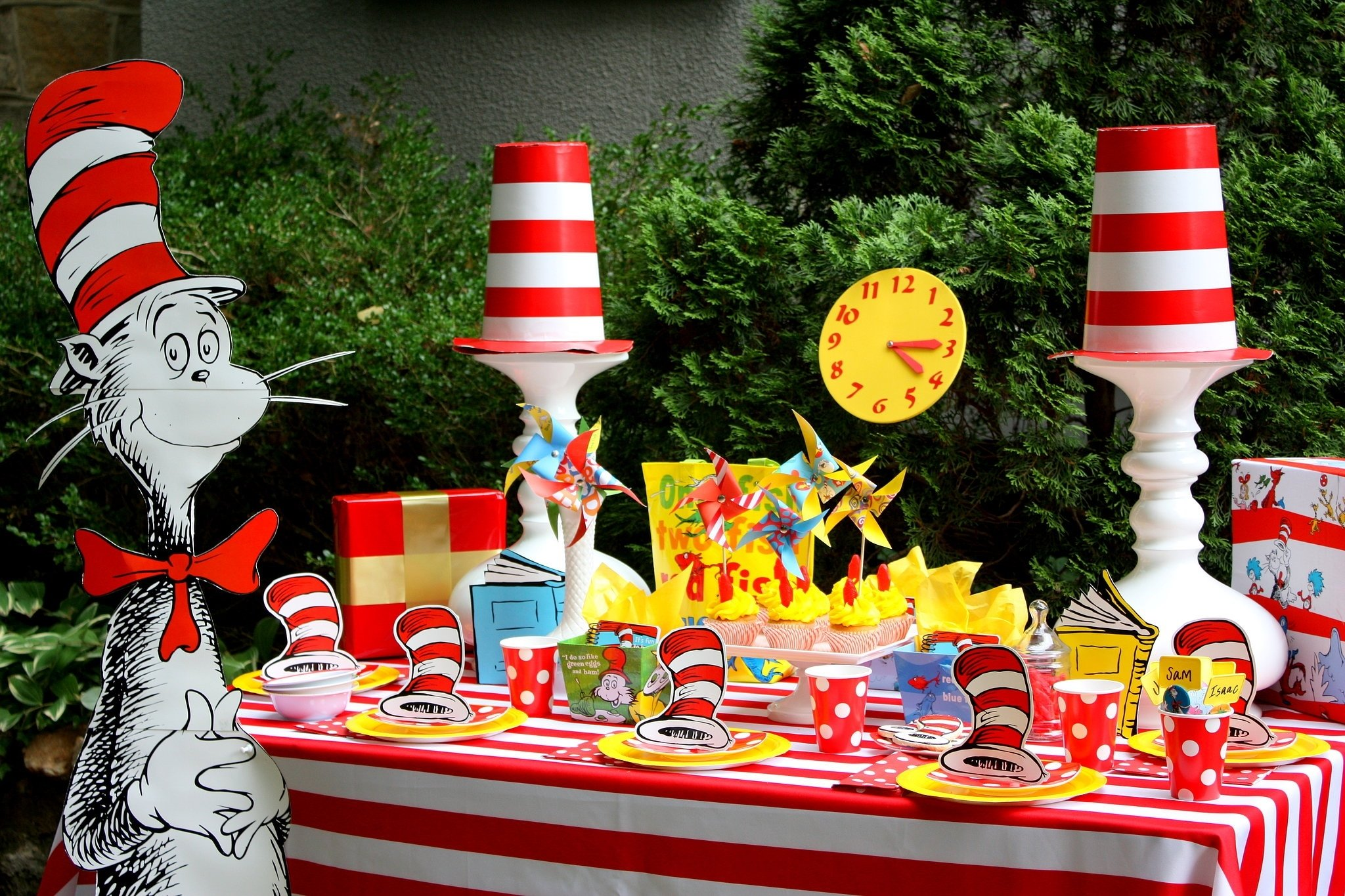 10 Stylish Ideas For Dr. Seuss Day dr seuss birthday party ideas free printables savvy nana 1 2020