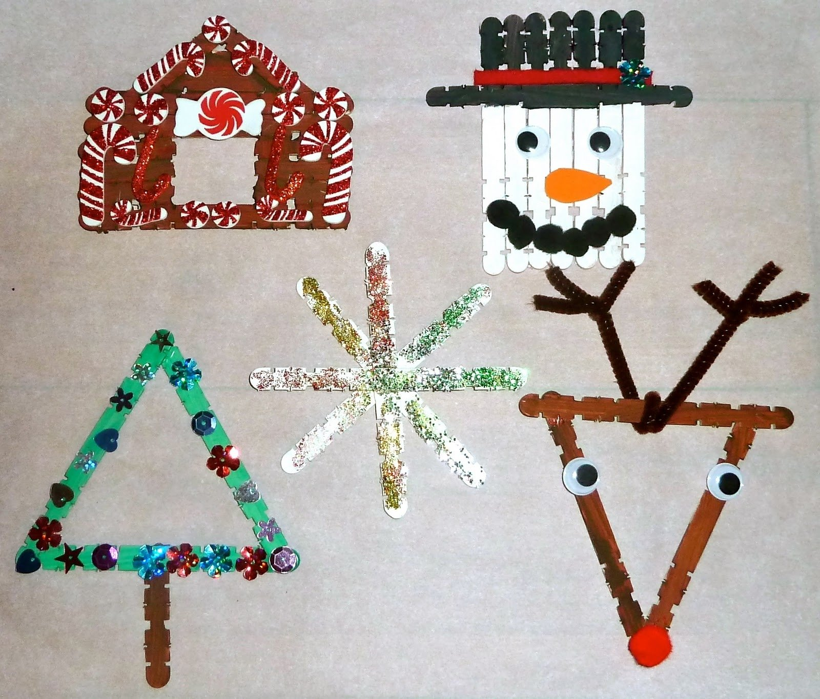 10 Wonderful Christmas Arts And Crafts Ideas For Kids