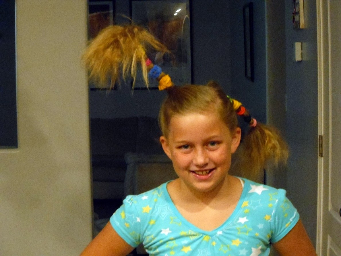 10 Fashionable Crazy Hair Day Ideas For Girls easy crazy hair day ideas for short ameroonie designs october 1 2021