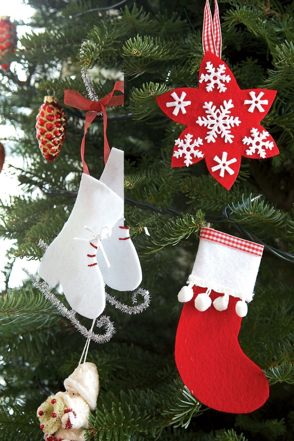 10 Cute Christmas Decorations Ideas To Make easy diy christmas decorations littlebubble