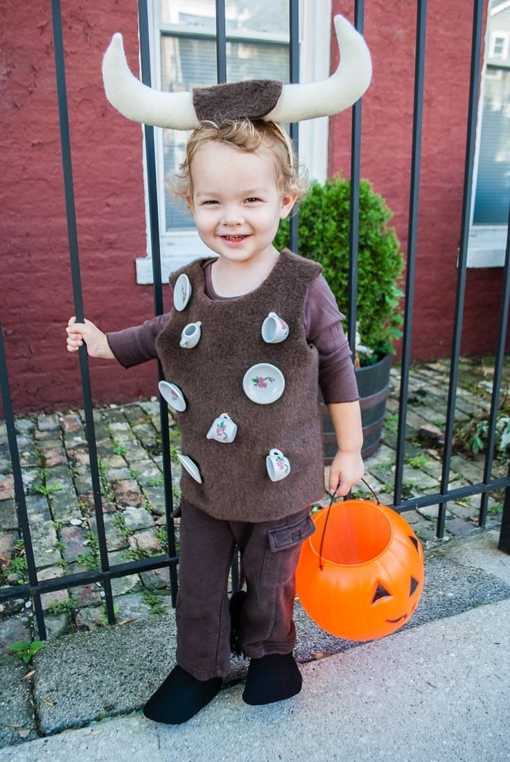 easy diy halloween costume for toddlers: bull in a china shop | easy