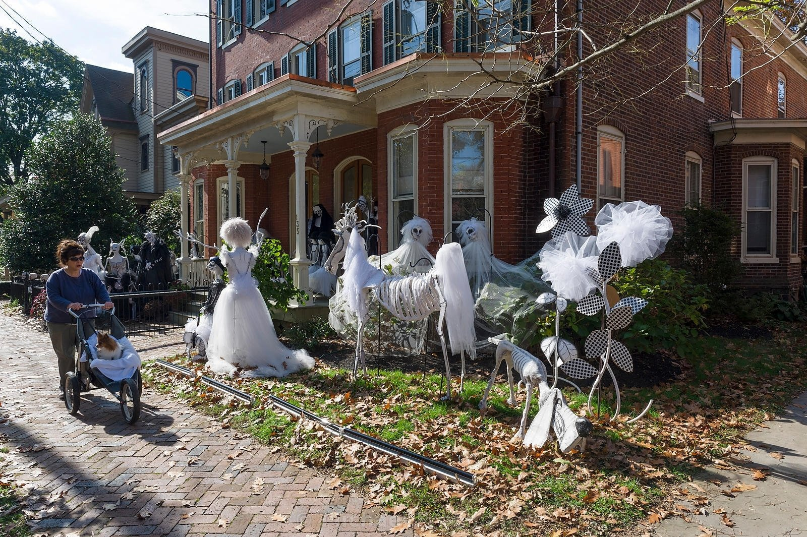 easy halloween decoration ideas halloween lawn decorations