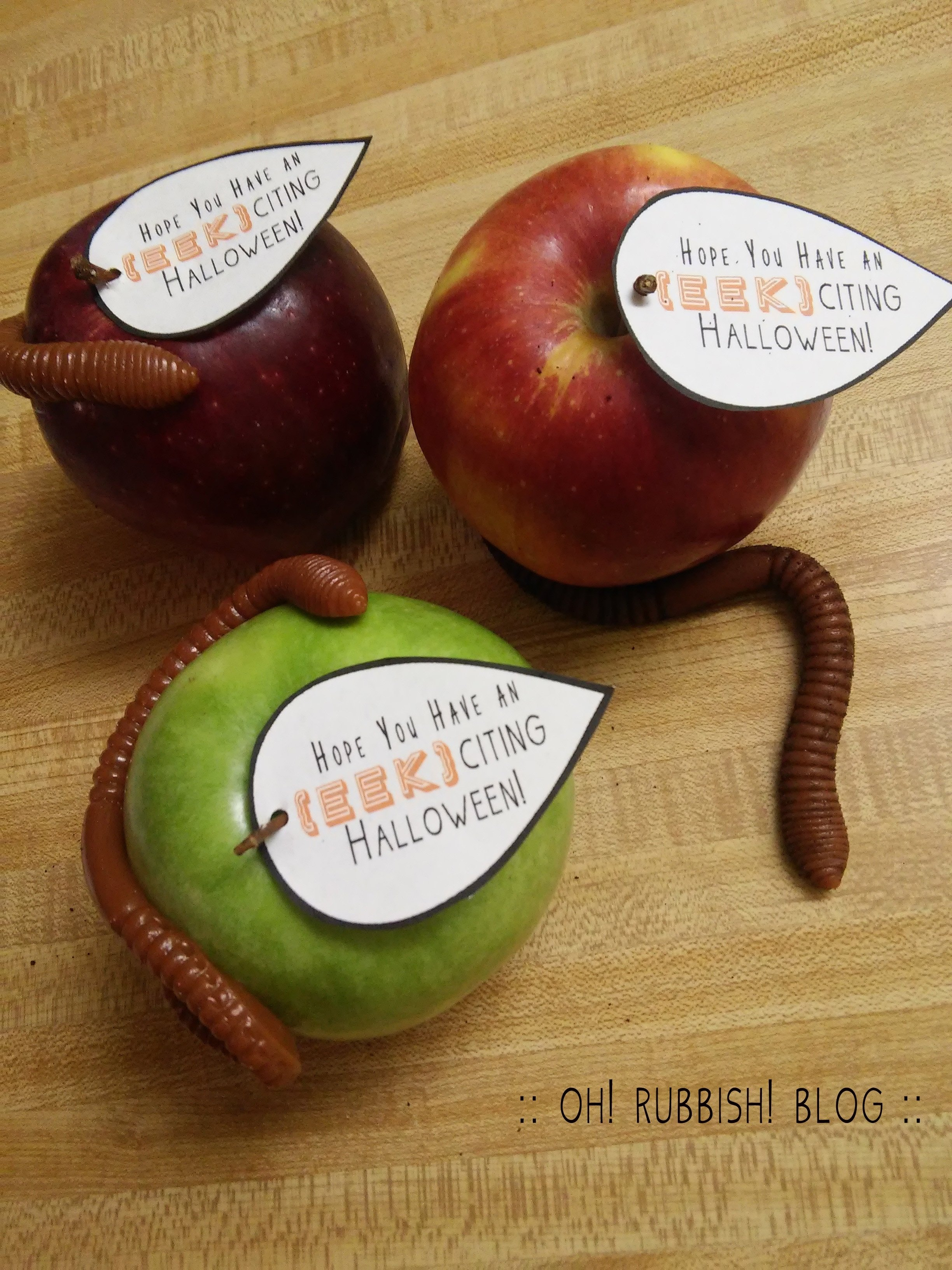 10 Stylish Halloween Gift Ideas For Teachers easy halloween teacher gifts apple gummy worm printable 1 2020