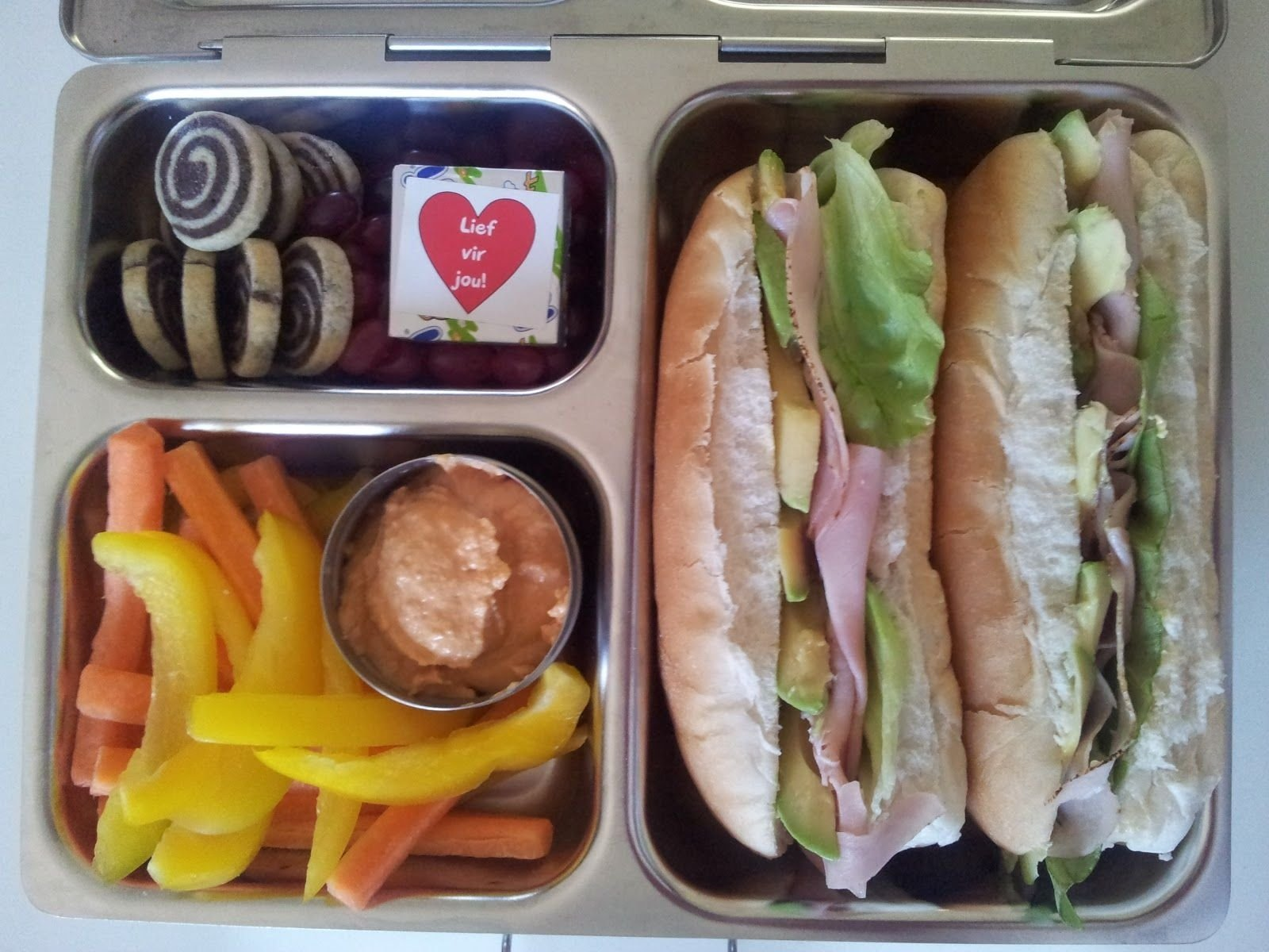 10 Most Popular Work Lunch Ideas For Men easy lunch boxes for a hungry husband at hungryhubbys blogspot