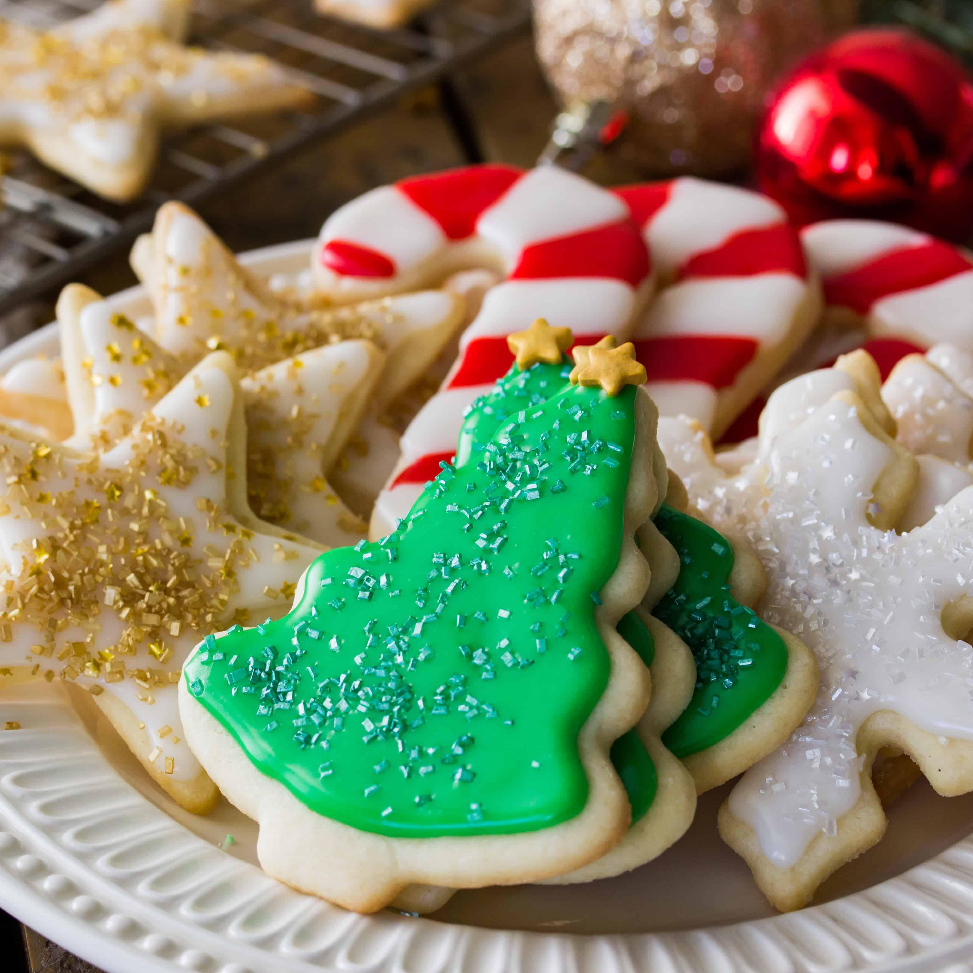 10 Amazing Easy Sugar Cookie Decorating Ideas easy sugar cookie recipe with frosting sugar spun run 2021