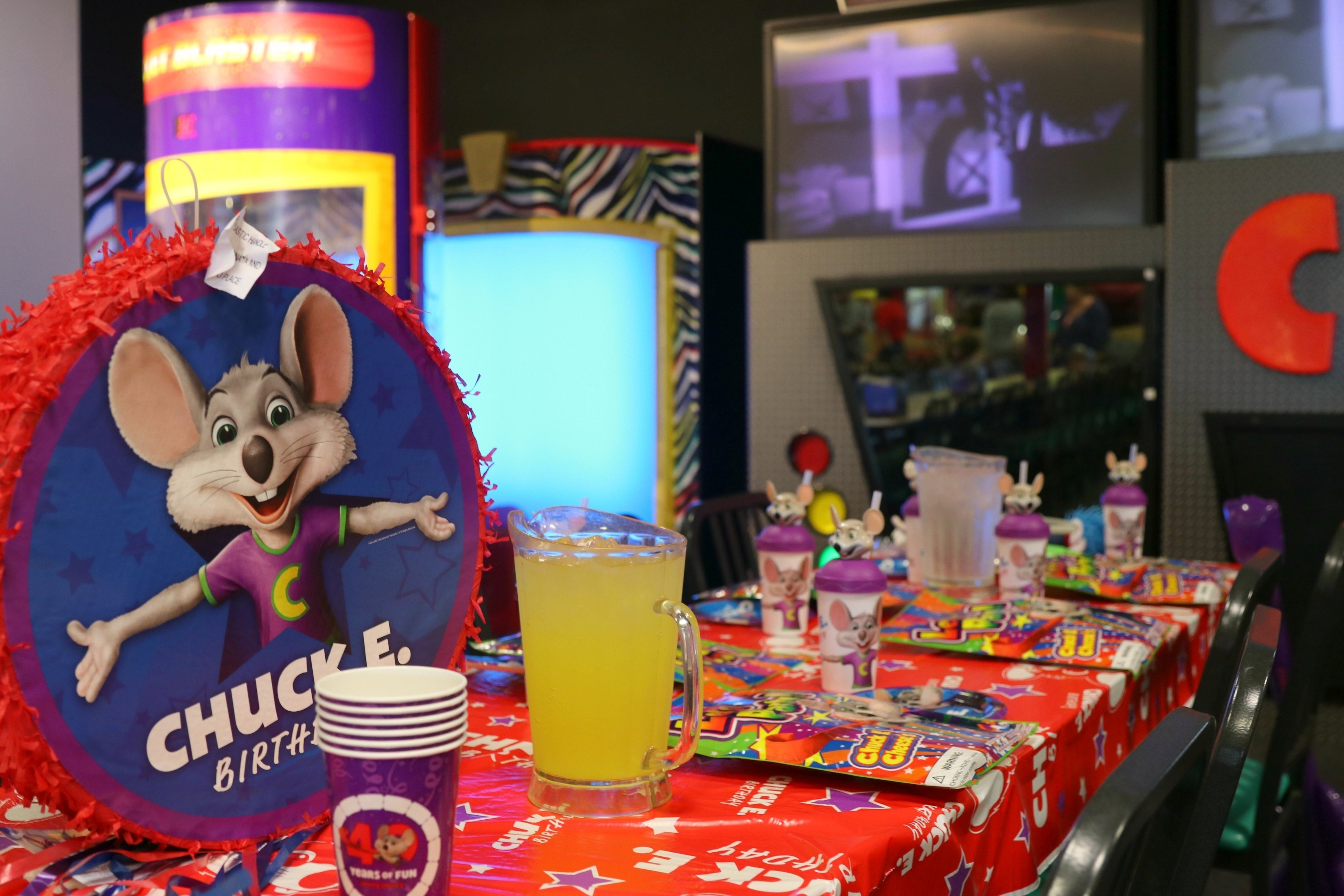 10 Elegant Chuck E Cheese Party Ideas epic new birthday parties at chuck e cheeses its a lovely life 1 2020