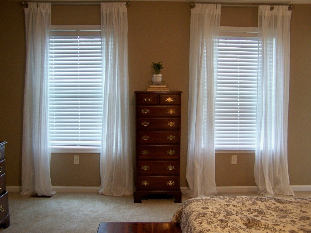 10 Perfect Window Treatment Ideas For Small Windows exclusive ideas window treatments for small windows decorating 2020