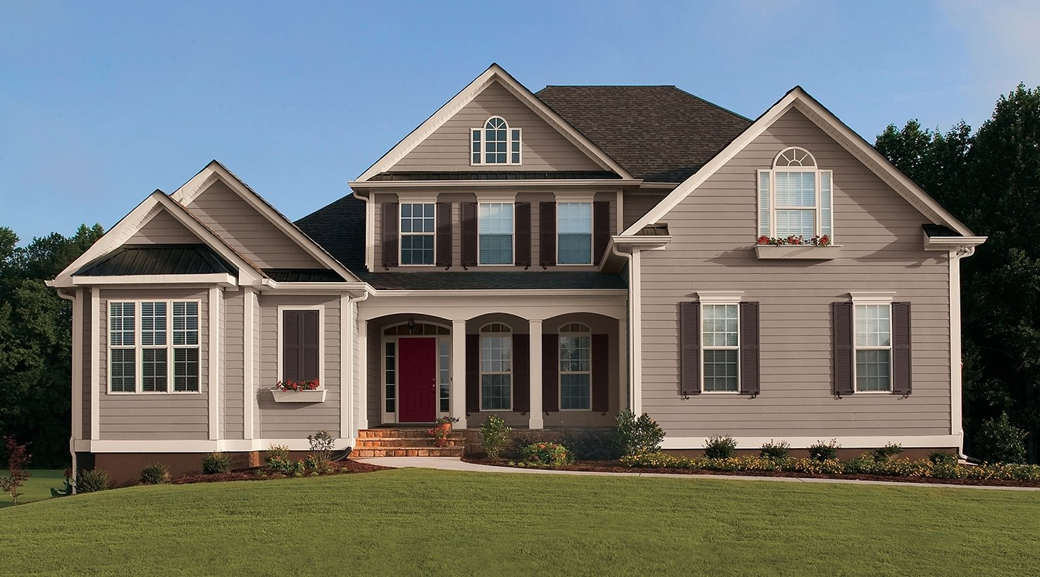 10 Fantastic Exterior Paint Ideas For Homes exterior color inspiration body paint colors sherwin williams 1 2021