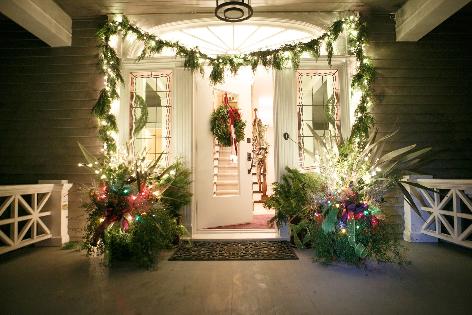 10 Fabulous Christmas Decorating Ideas For Windows exterior design christmas wreaths ideas and garland with lighting 2020