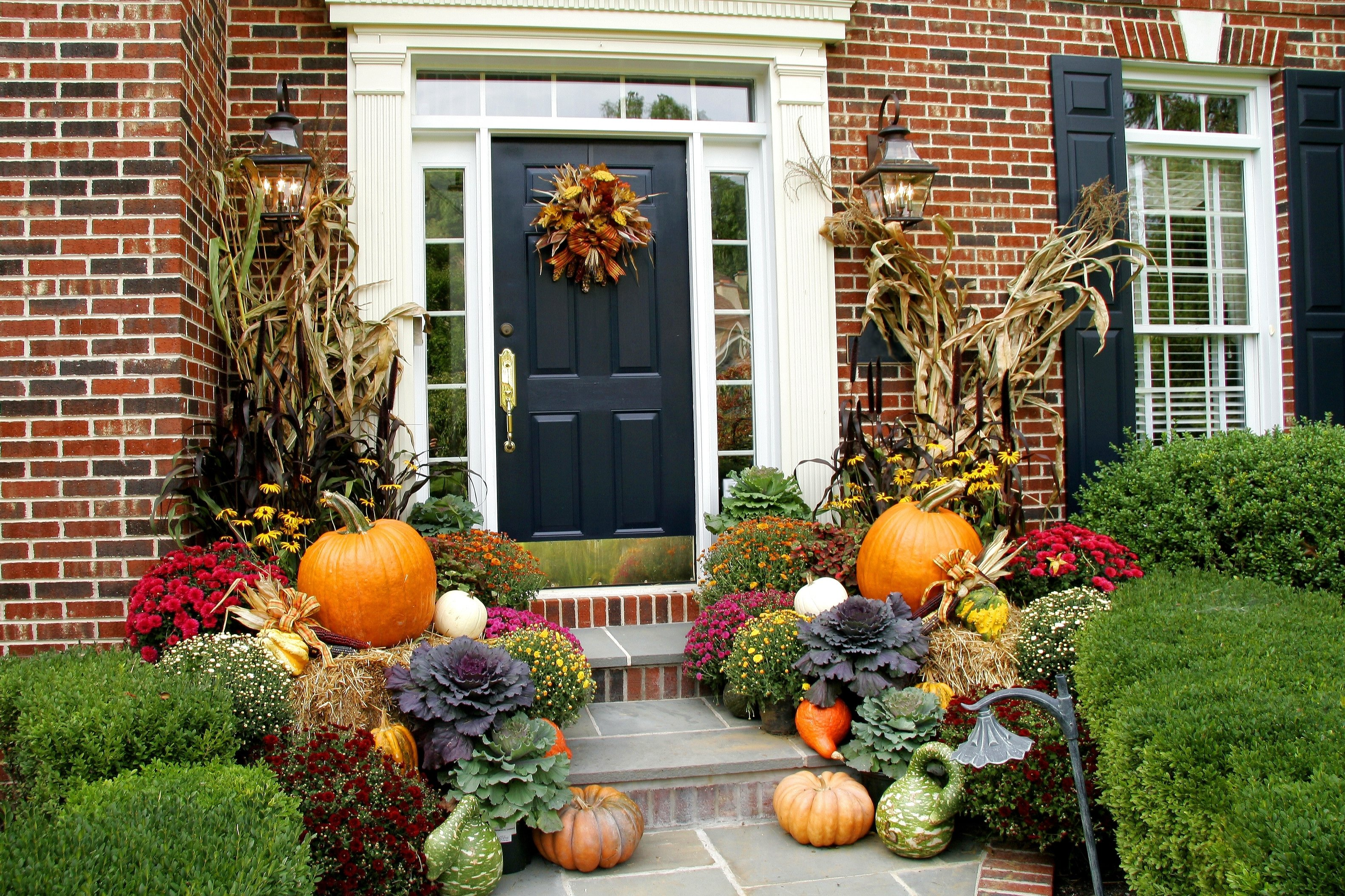 10 Lovely Front Door Fall Decorating Ideas fall decorating ideas graf growers