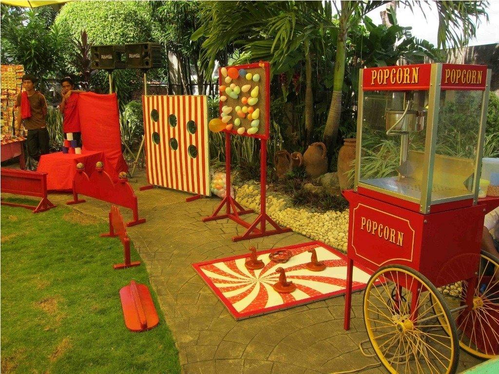 10 Nice Fall Festival Ideas For School fall festival carnival game ideas decorating fall festival booth 1 2021