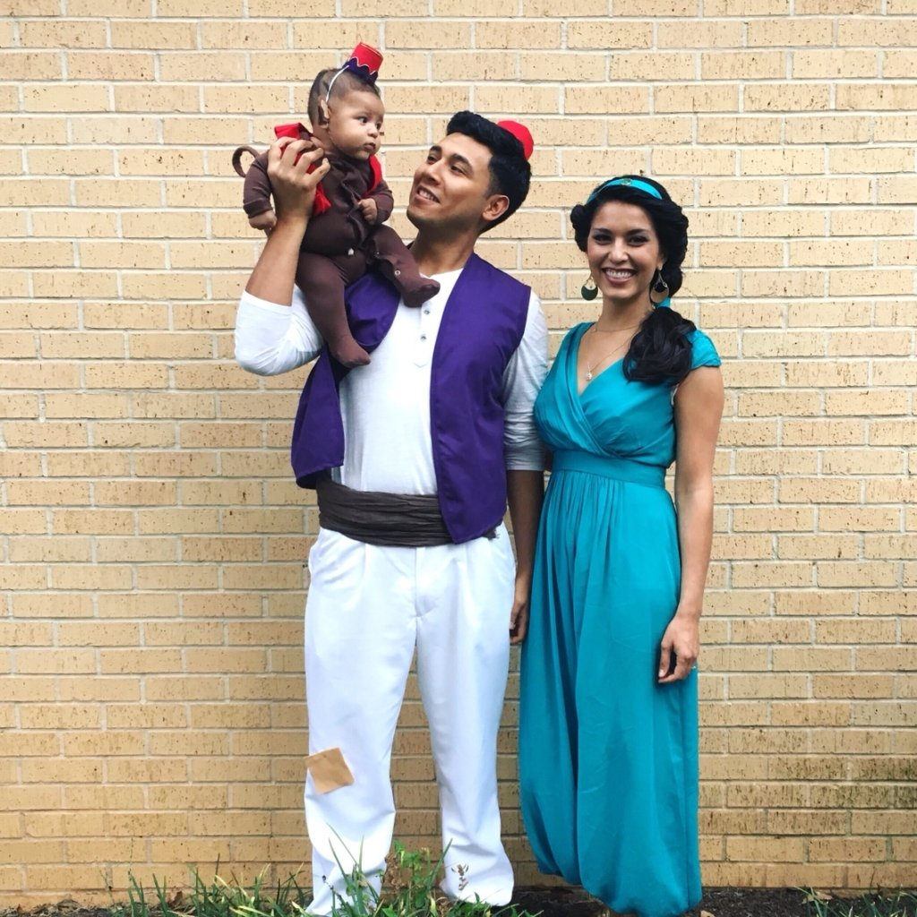 10 Fantastic Family Of 3 Halloween Costume Ideas family of 3 halloween costumes ideas 1000 ideas about family 2 2020