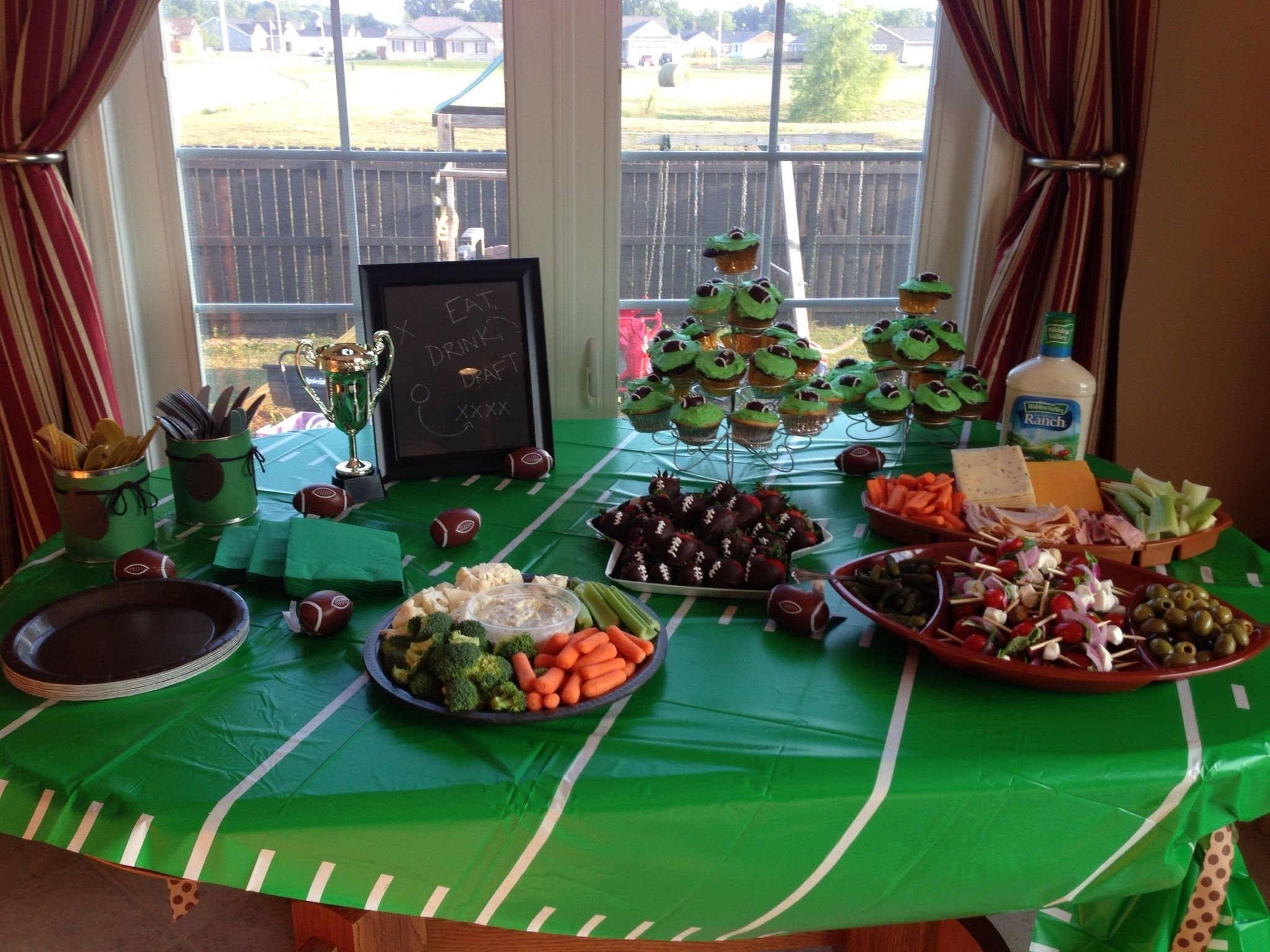fantasy football draft party | ffl draft party | pinterest