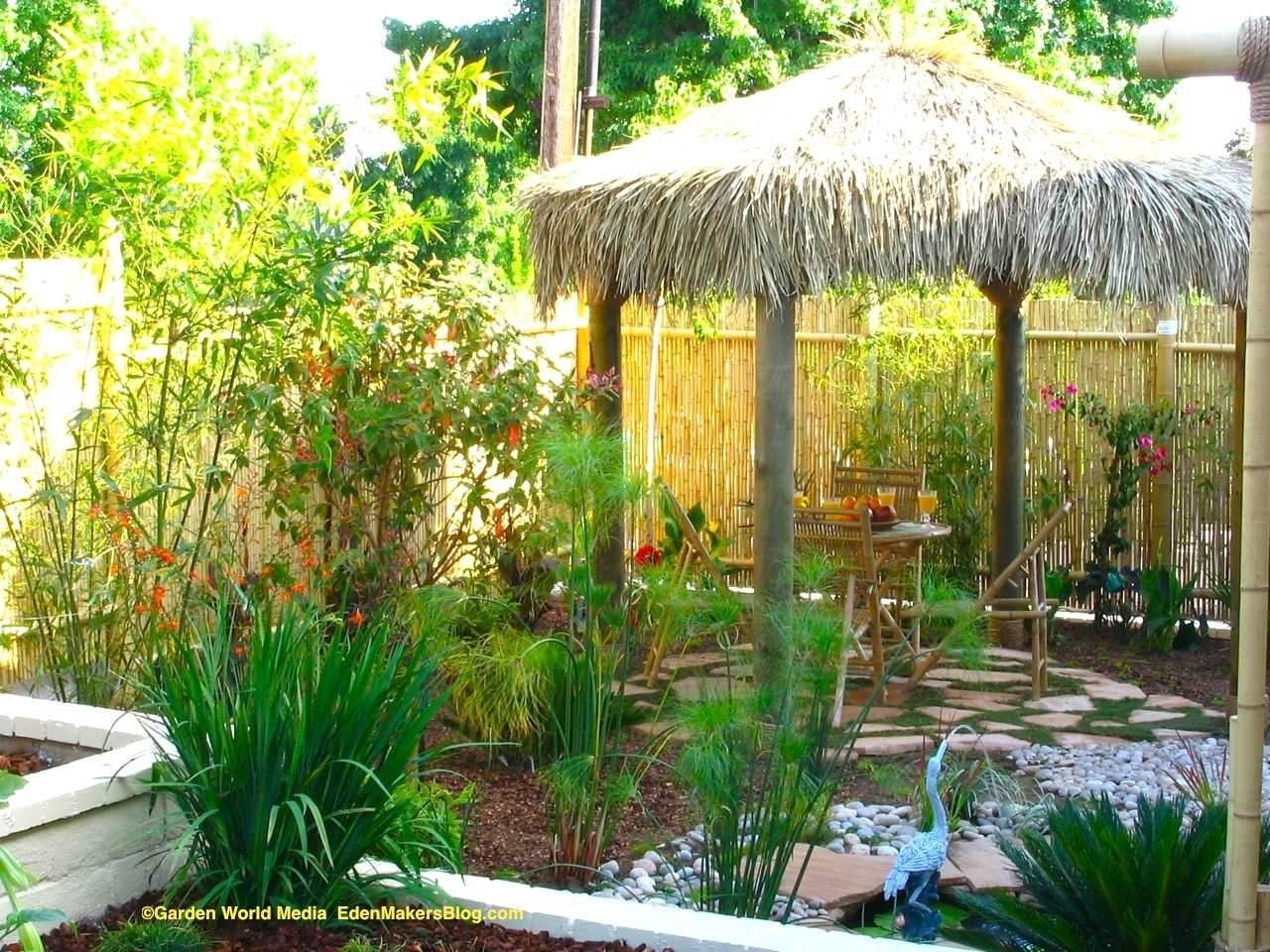 10 Attractive Tropical Landscaping Ideas For Front Yard fascinating tropical landscape ideas small yards and front yard 2020