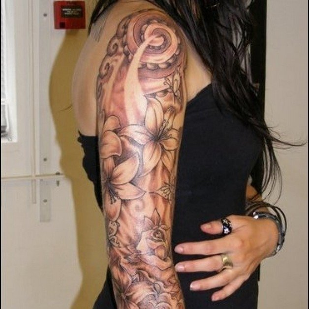 10 Spectacular Sleeve Tattoo Ideas For Girls feminine tattoo on sleeve for girls 2020