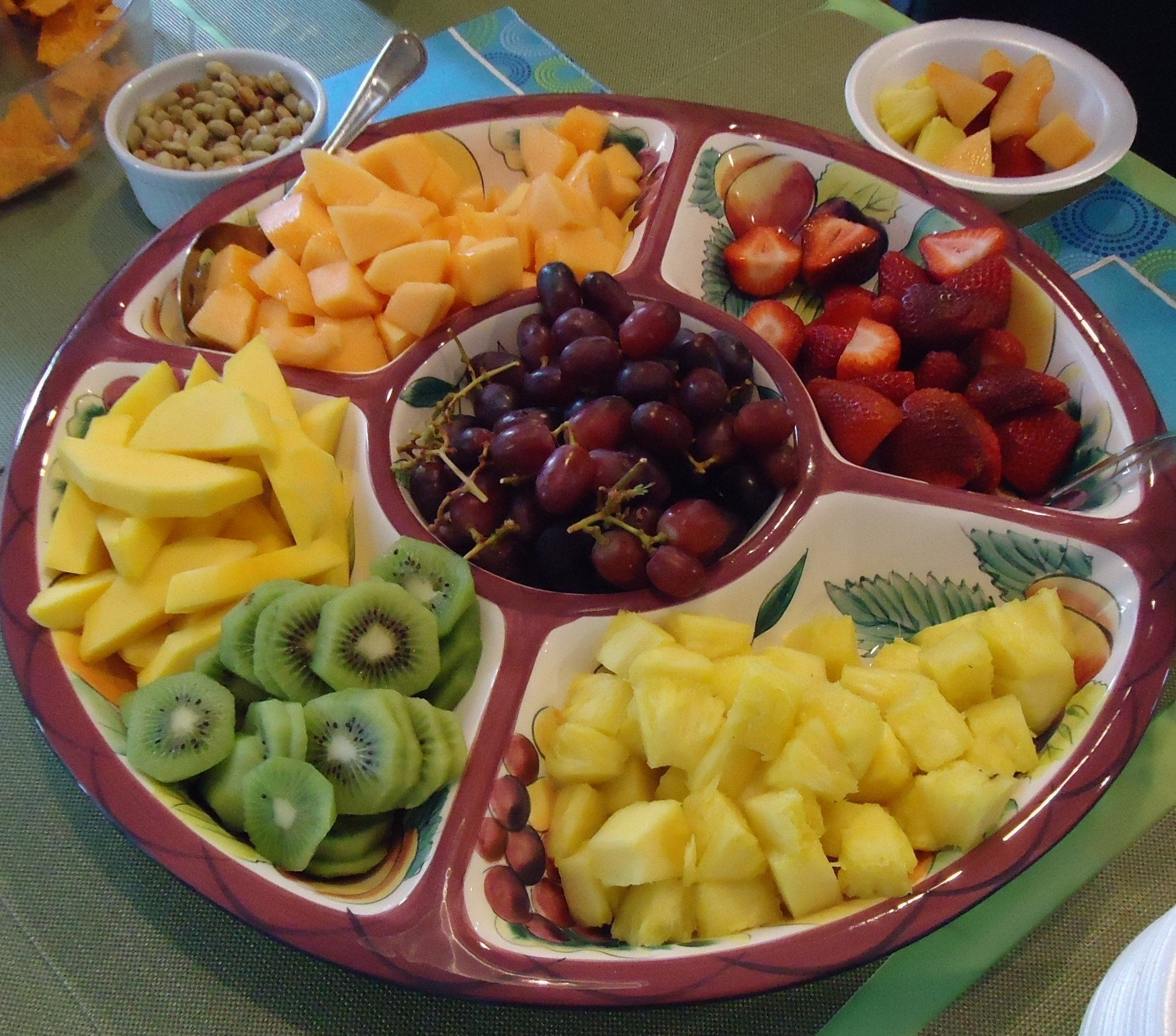 10 Attractive Fruit Tray Ideas For Parties filefruit platter at a party with kiwi melons strawberries etc 2021