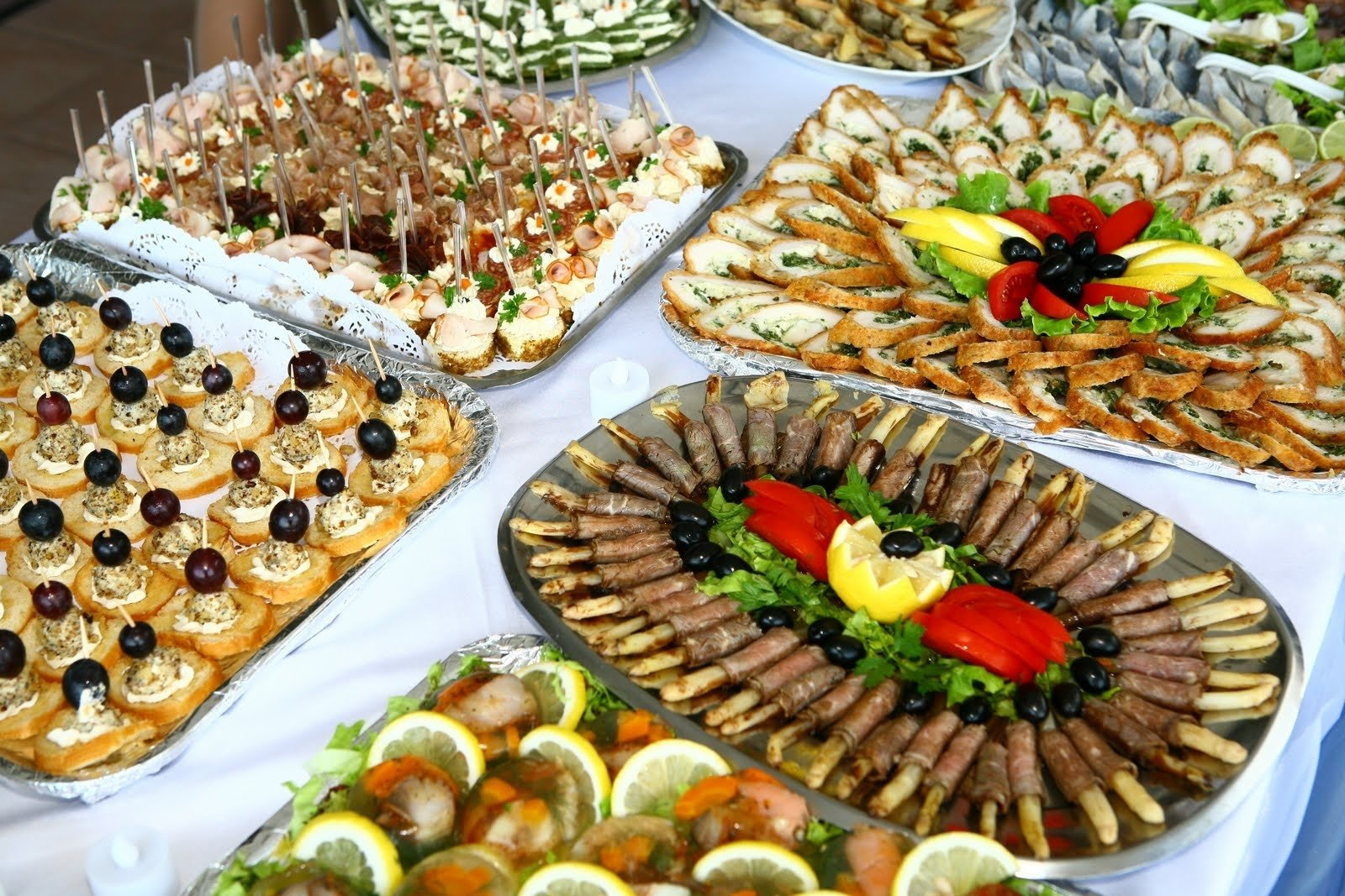 Buffet appetizers. Ideas for filing and decorating 13