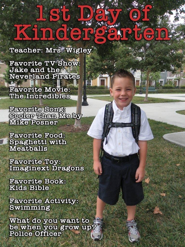 10 Nice 1St Day Of School Ideas first day of school photo ideas school pictures kindergarten 2020