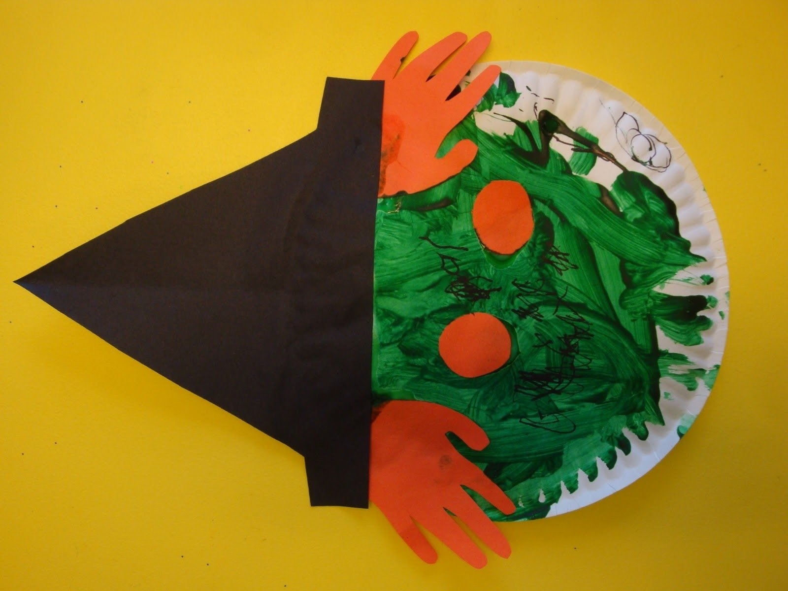 10 Stylish Halloween Craft Ideas For Toddlers five little pumpkins art projects niccis little angels arts 1 2020