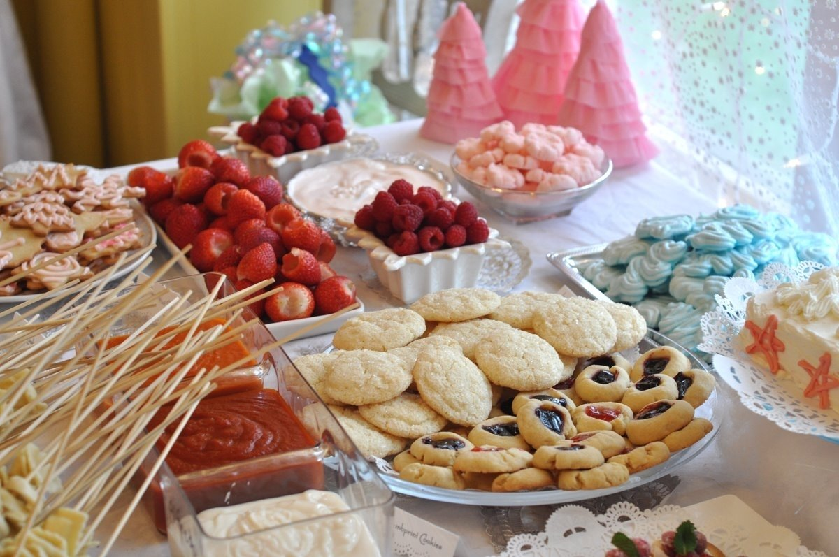 10 Great Catering Ideas For Birthday Party floor strawberry bruschetta easy finger food recipes ideas and 2021