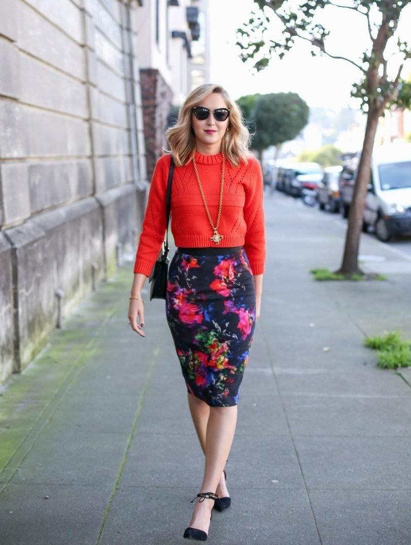 10 Perfect Red Pencil Skirt Outfit Ideas floral high waisted pencil skirt styling ideas designers outfits 2020