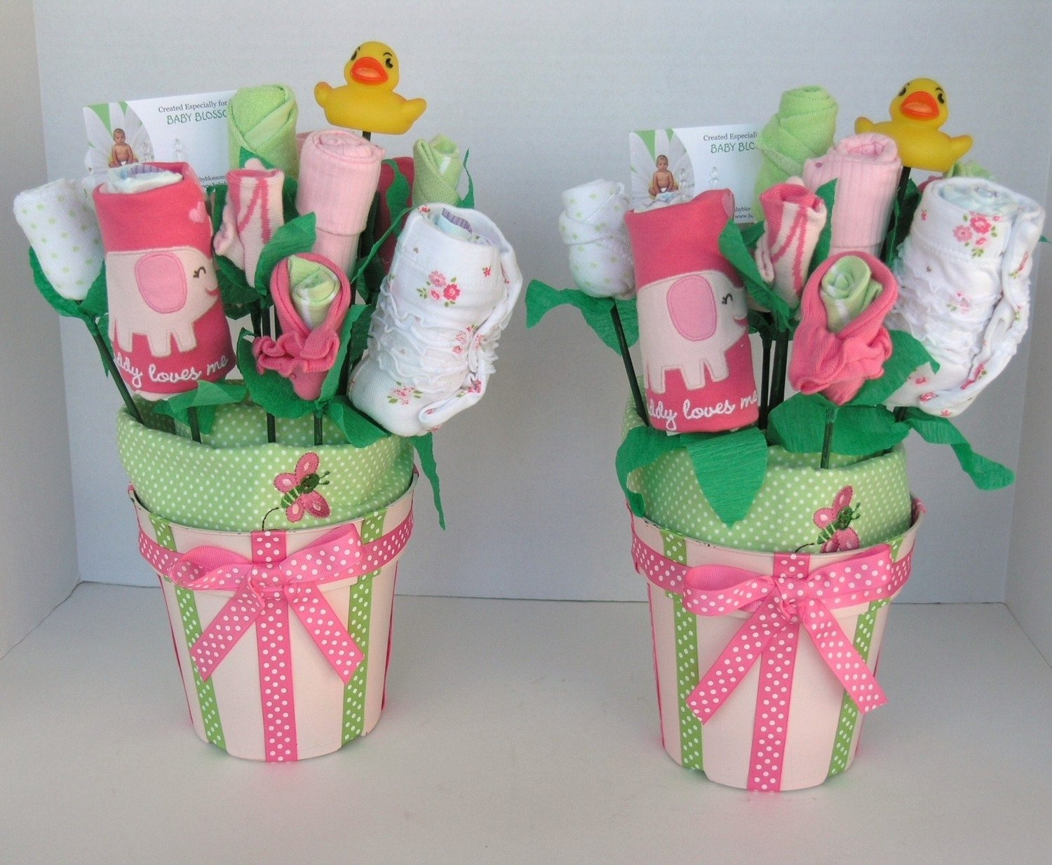 10 Fabulous Ideas For Baby Shower Gifts flower diaper unique baby shower gift ideas baby shower ideas gallery