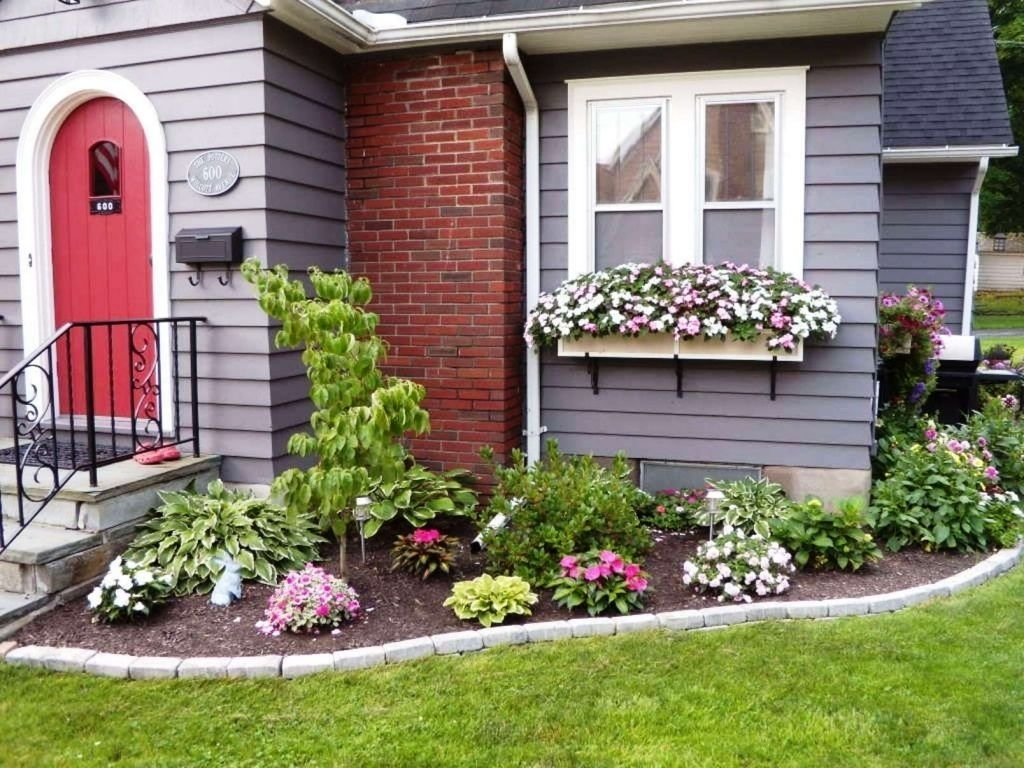 10 Lovable Flower Bed Ideas For Front Of House flower garden ideas in front of house gallery home pinterest 2021