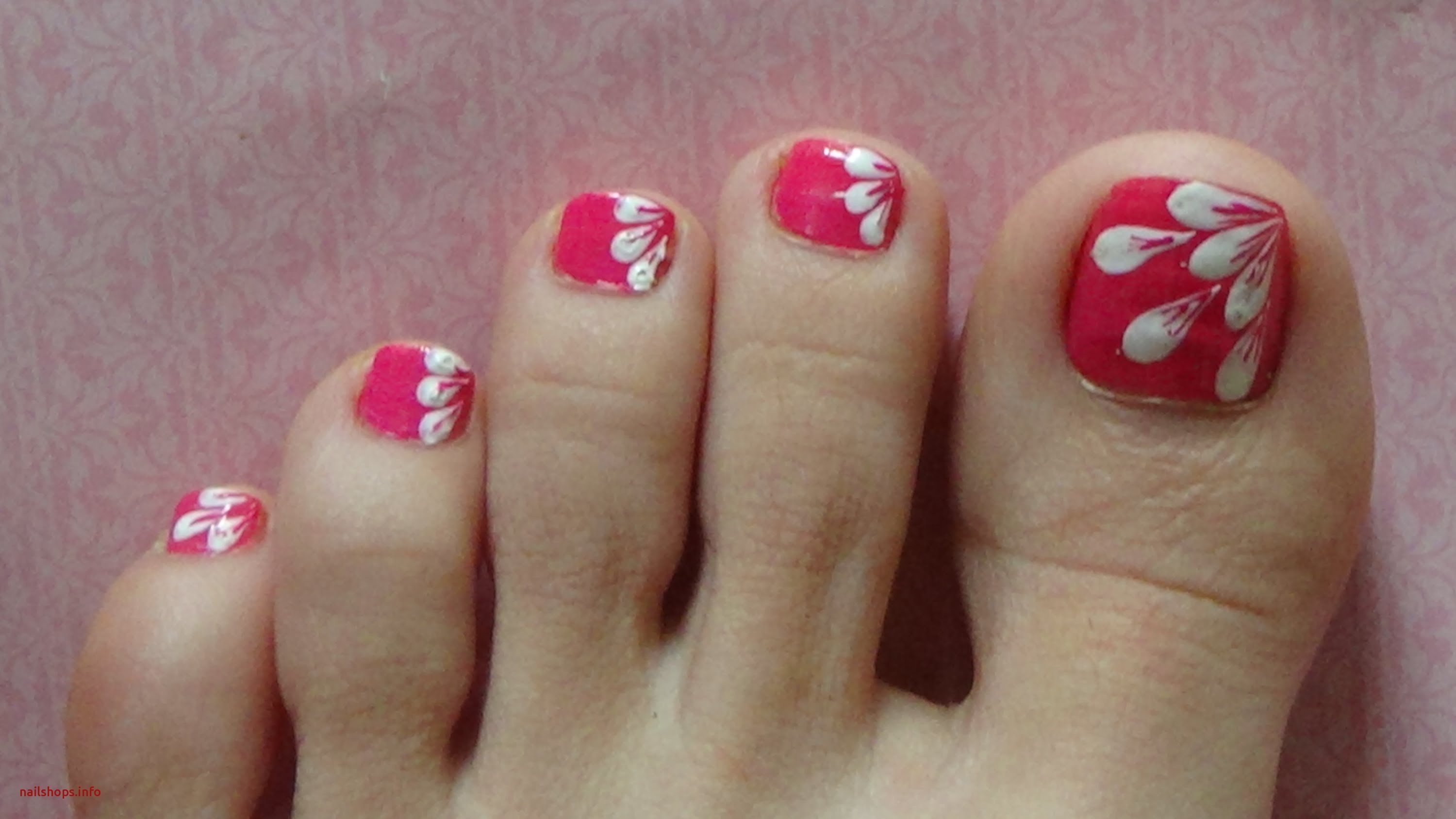 10 Unique Nail Art Ideas For Toes