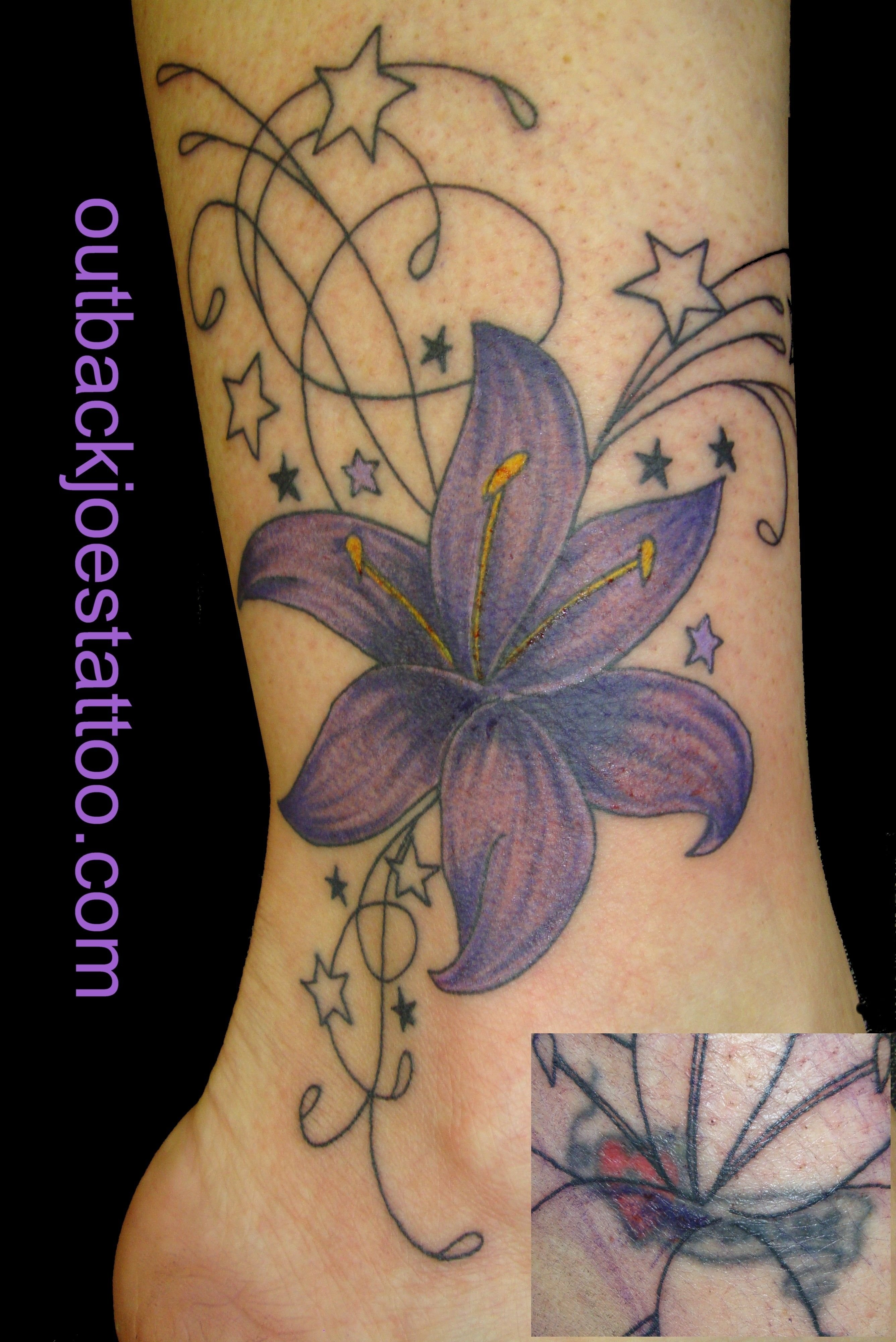10 Cute Back Tattoo Cover Up Ideas flower tattoos cover up tattoo flowers cover up flower cover up 2020