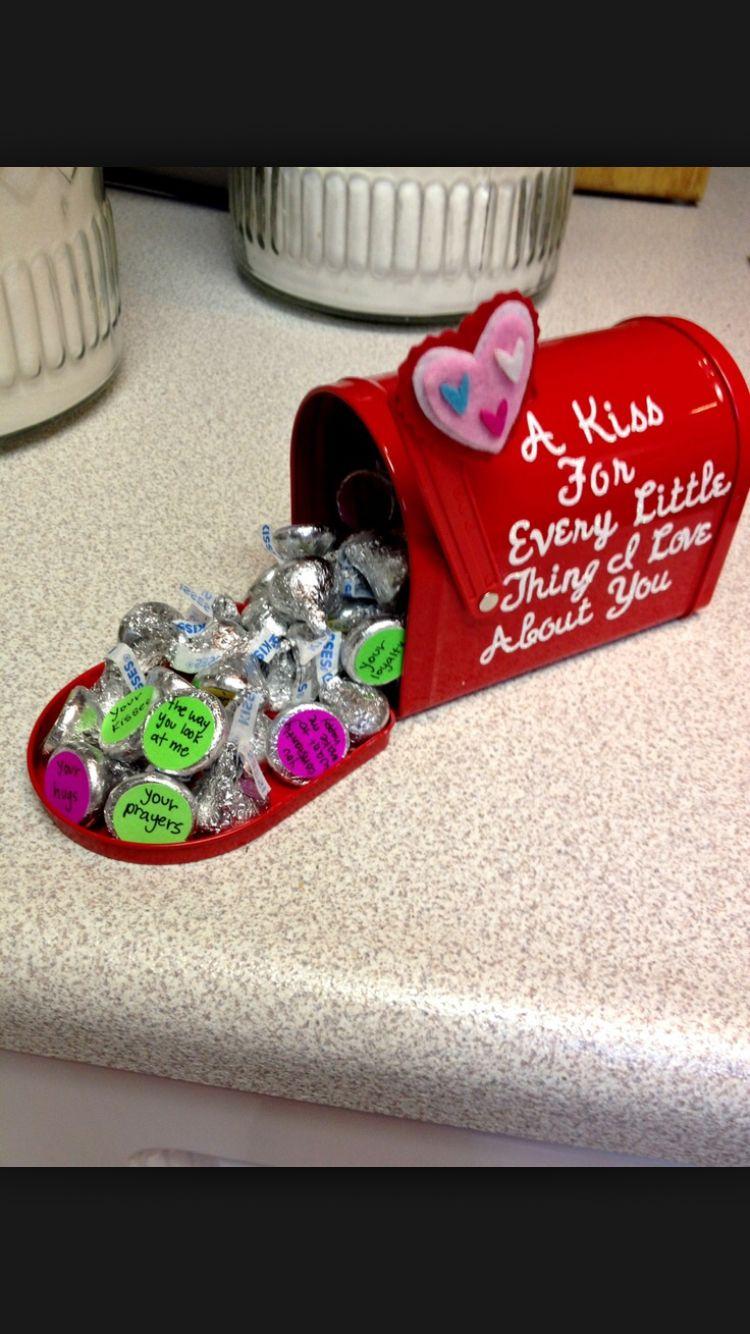 10 Fabulous Cute Creative Gift Ideas For Boyfriend for him diys 2020