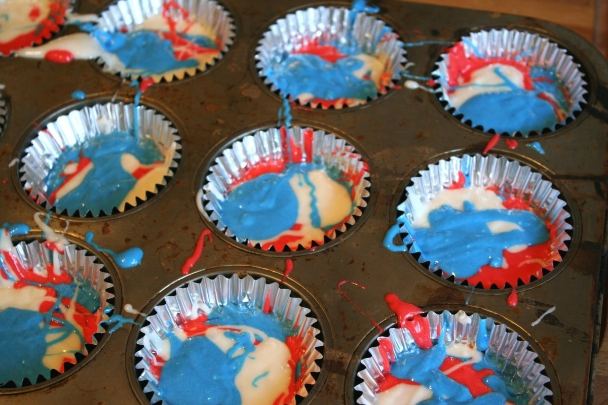 10 Elegant Fourth Of July Cupcake Ideas fourth of july cupcakes chica and jo 1 2020