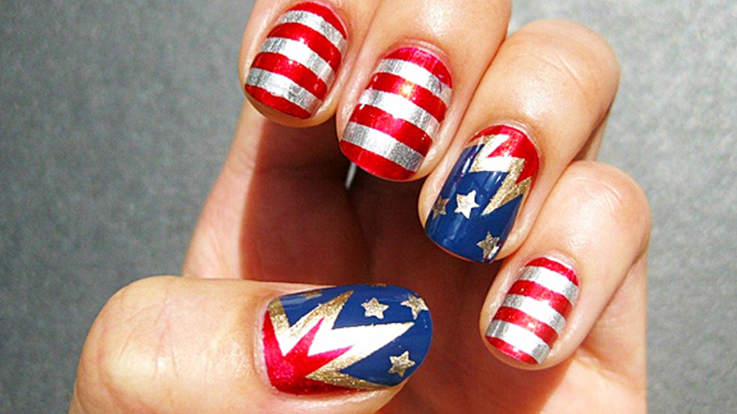 10 Awesome Fourth Of July Nail Art Ideas fourth of july nail art ideas red white and sparkle 2