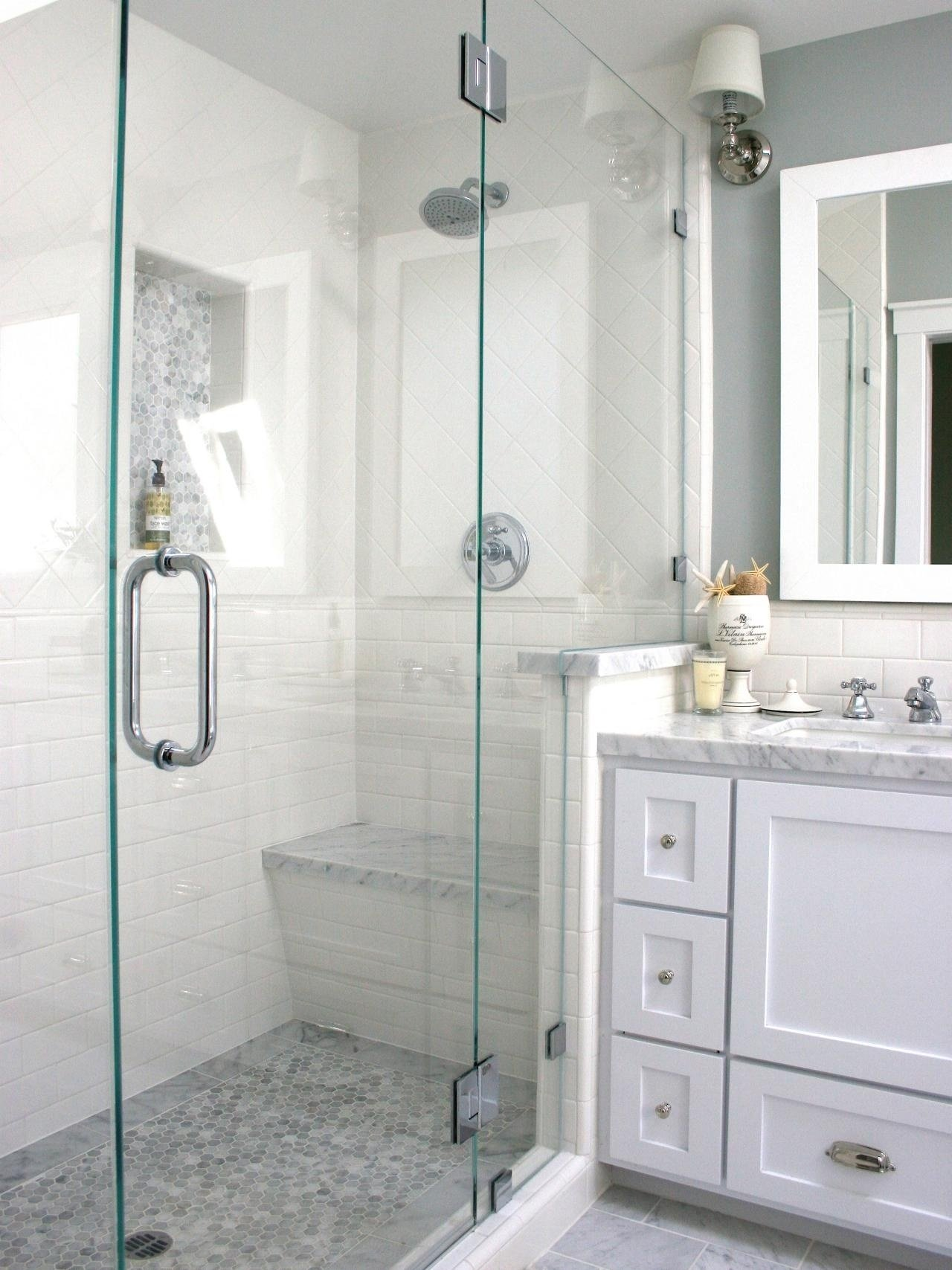 10 Trendy Walk In Shower Ideas For Small Bathrooms