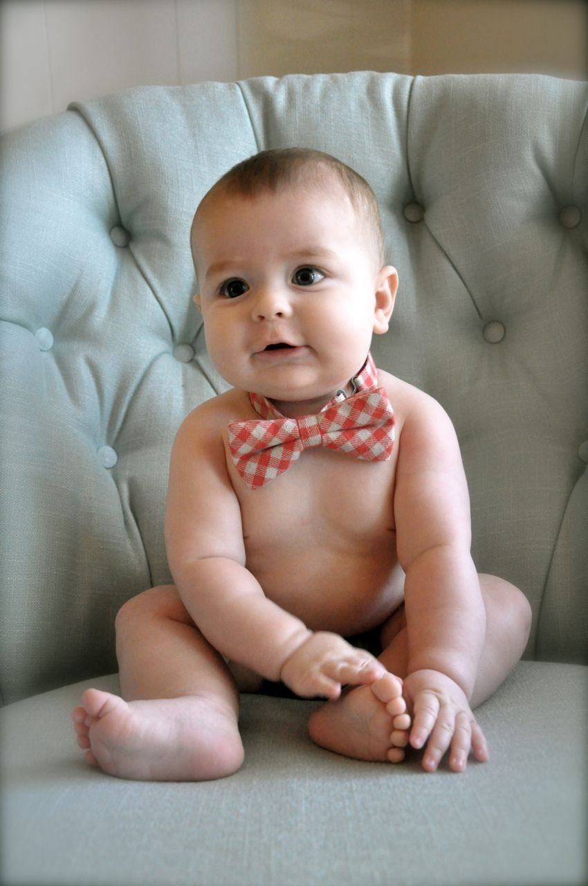 10 Awesome Cute 6 Month Baby Picture Ideas from my babys 6 month photo shoot pictures to take pinterest