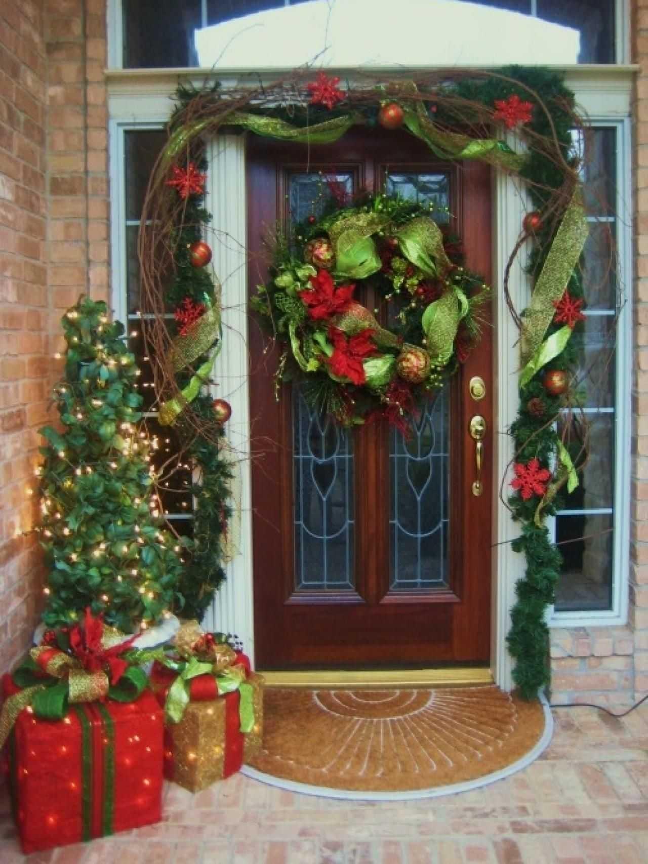 front door christmas decorations, front door christmas decorating