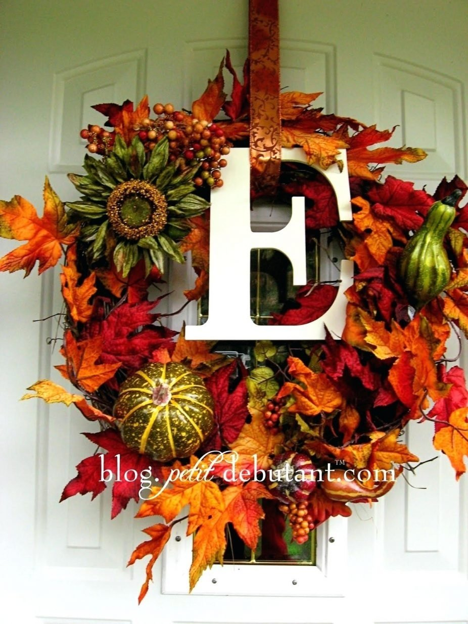 10 Stunning Fall Wreath Ideas Front Door front doors amusing fall wreaths front door ideas ideas fresh 2020