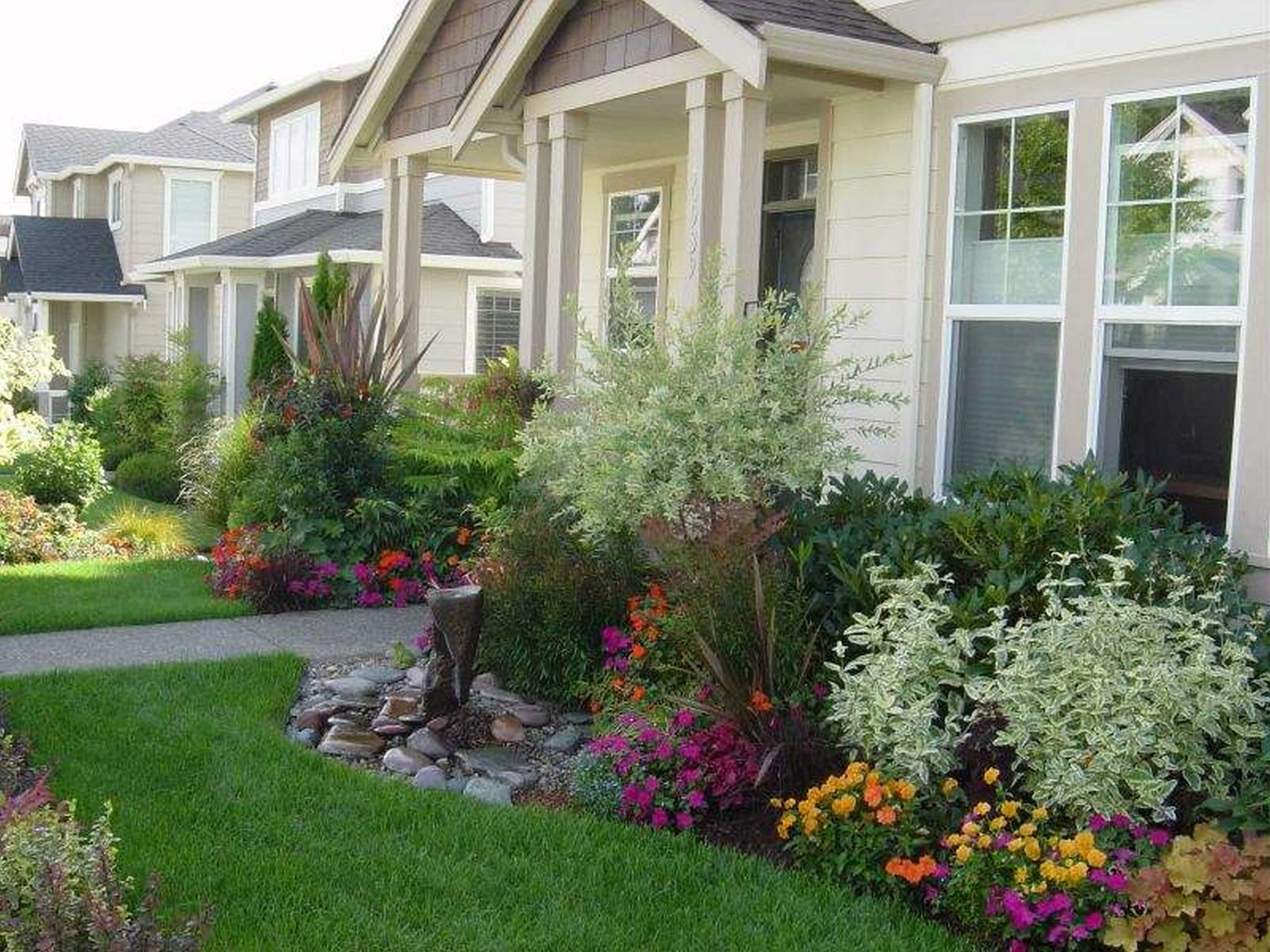 10 Stunning Landscaping Ideas Front Of House front house landscaping ideas images and charming shrubs photos 2020